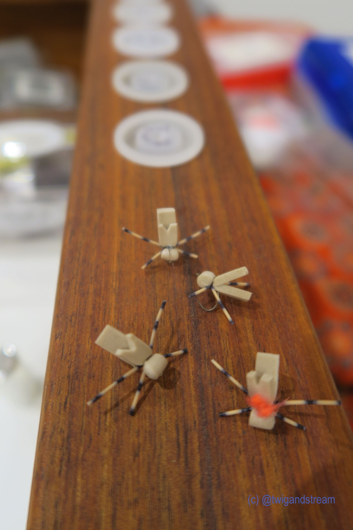 Tying a simplehopper